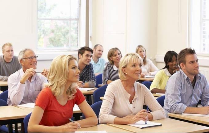 INGYENES elsősegélyképzés pedagógusoknak és védőnőknek